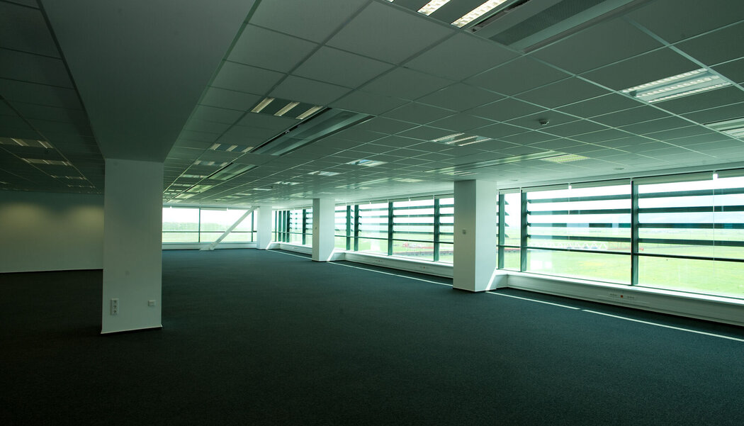 CW 50 Curtain Walls and CS 68 Doors - Business center Brasov Business Park located in Brasov, Romania